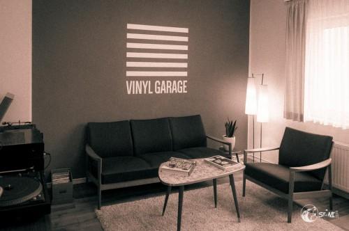 Wohnzimmer in der Vinyl Garage